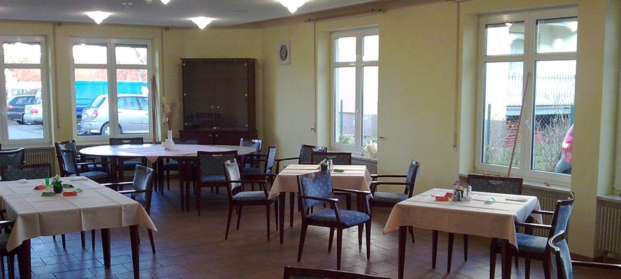 Raudi r tze bautzen raumgestaltungs und for Raumgestaltung cafe